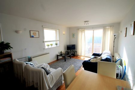 Henke Court, Cardiff Bay (1bed) Part 94